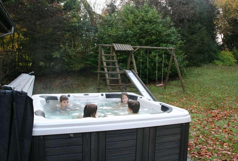 Villa vakantiehuis ardennen bonvie met jacuzzi internet for Huisje met sauna en jacuzzi 2 personen